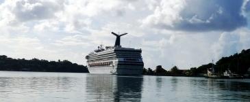 Ocean Cruise Ship